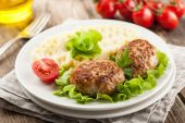 Cutlets in a slow cooker